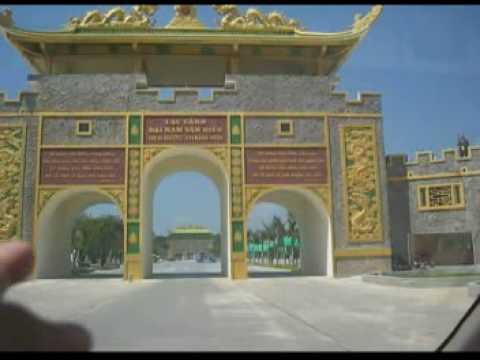 Chua Dai Nam Binh Duong 19 2 2009