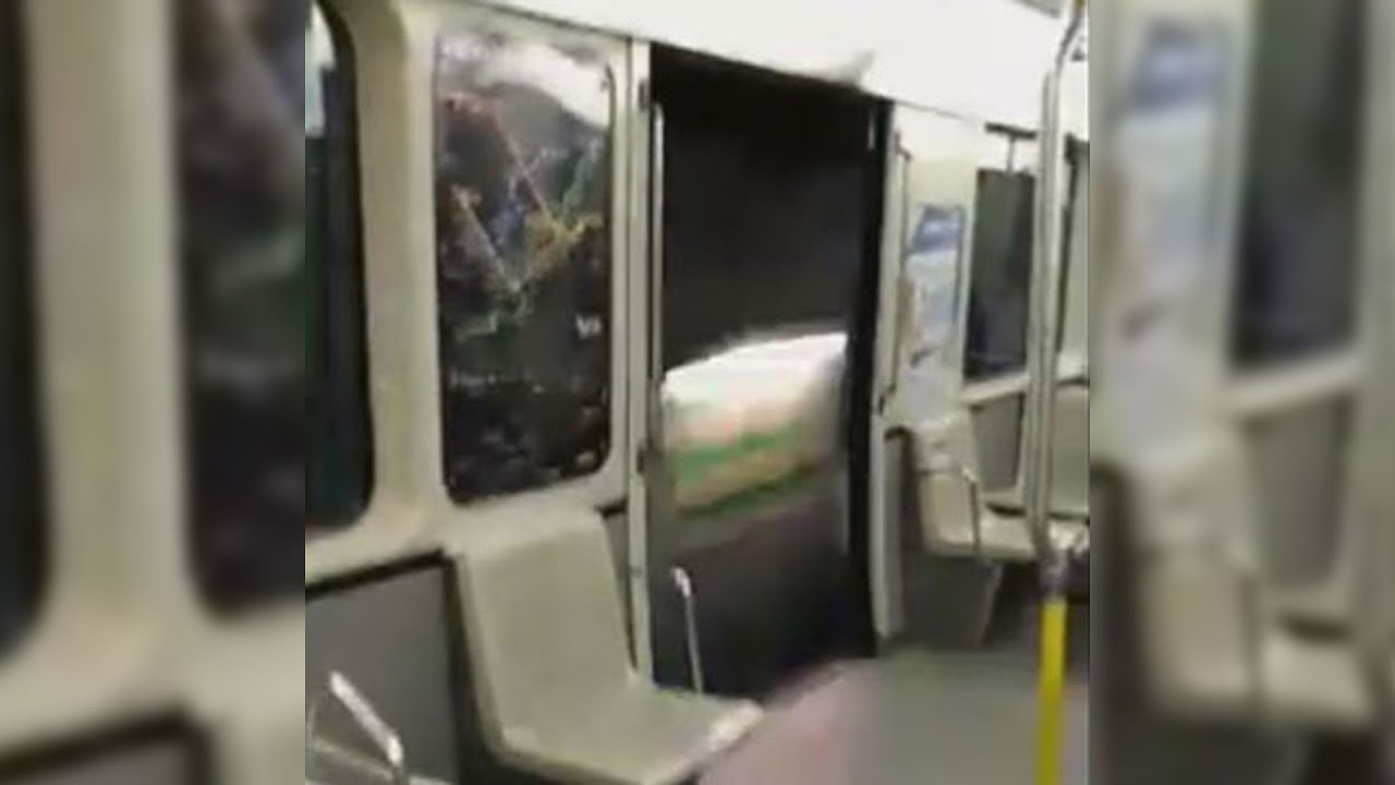 Caught on Cam Montreal Metro doors stay open between stops & Caught on Cam: Montreal Metro doors stay open between stops - YouTube