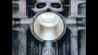 Es la versión original del LP Brain Salad Surgery.