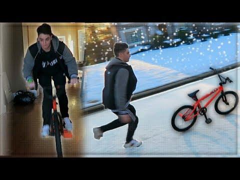 SNOW DAY BMX FAILS AT THE tK HOUSE! - (SNOW VLOG PART 1)