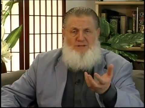 What's Islam ?  Islam in Brief  - Yusuf Estes