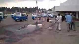 Faranyis en la plaza Meskel (Addis Abeba Etiopía)