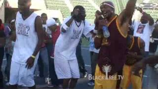 Snoop Dogg does Soulja Boy