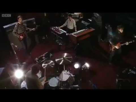 The Black Keys - Dead And Gone ( BBC Radio 1 Live Lounge Zane) Lowe 2012.avi