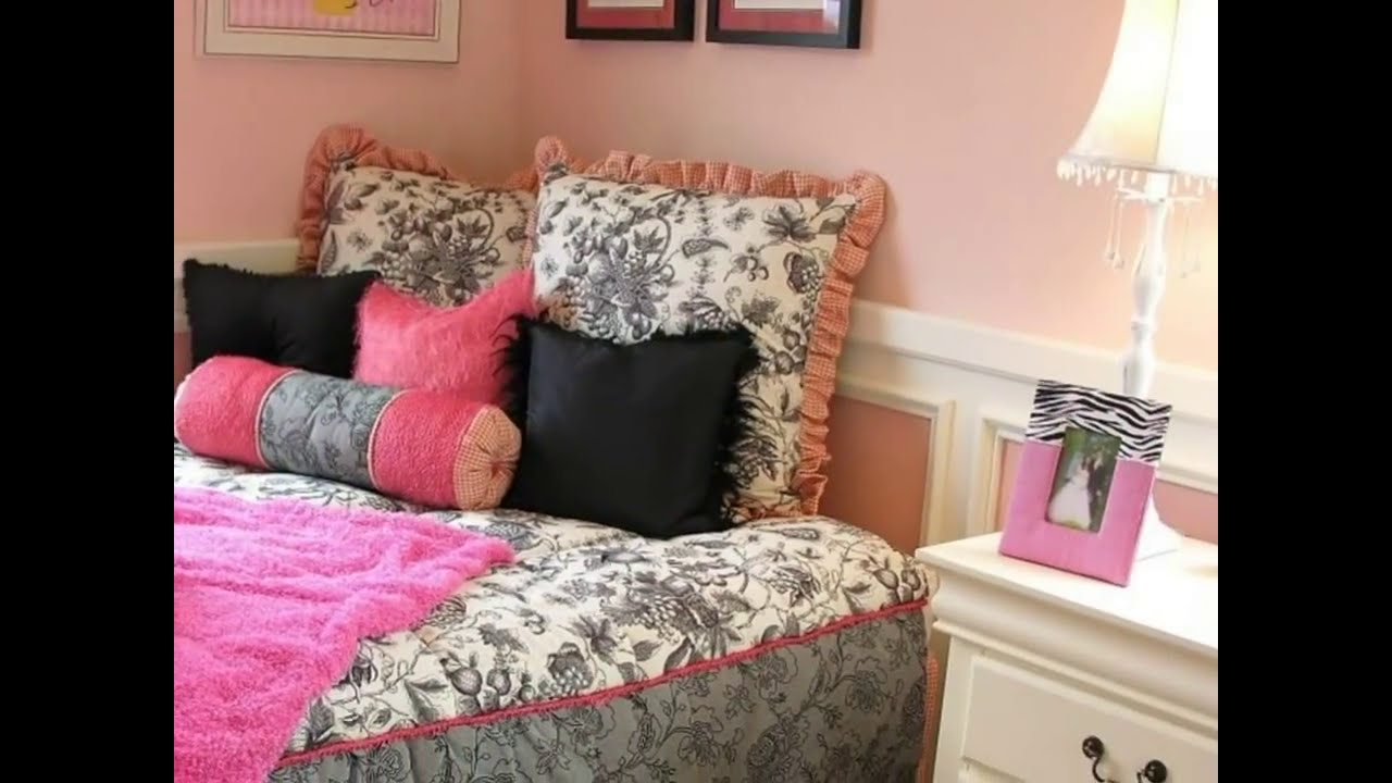 27 Beautiful Girls Bedroom Ideas. Girl's bedroom with cute canopy over this  room's circular bed