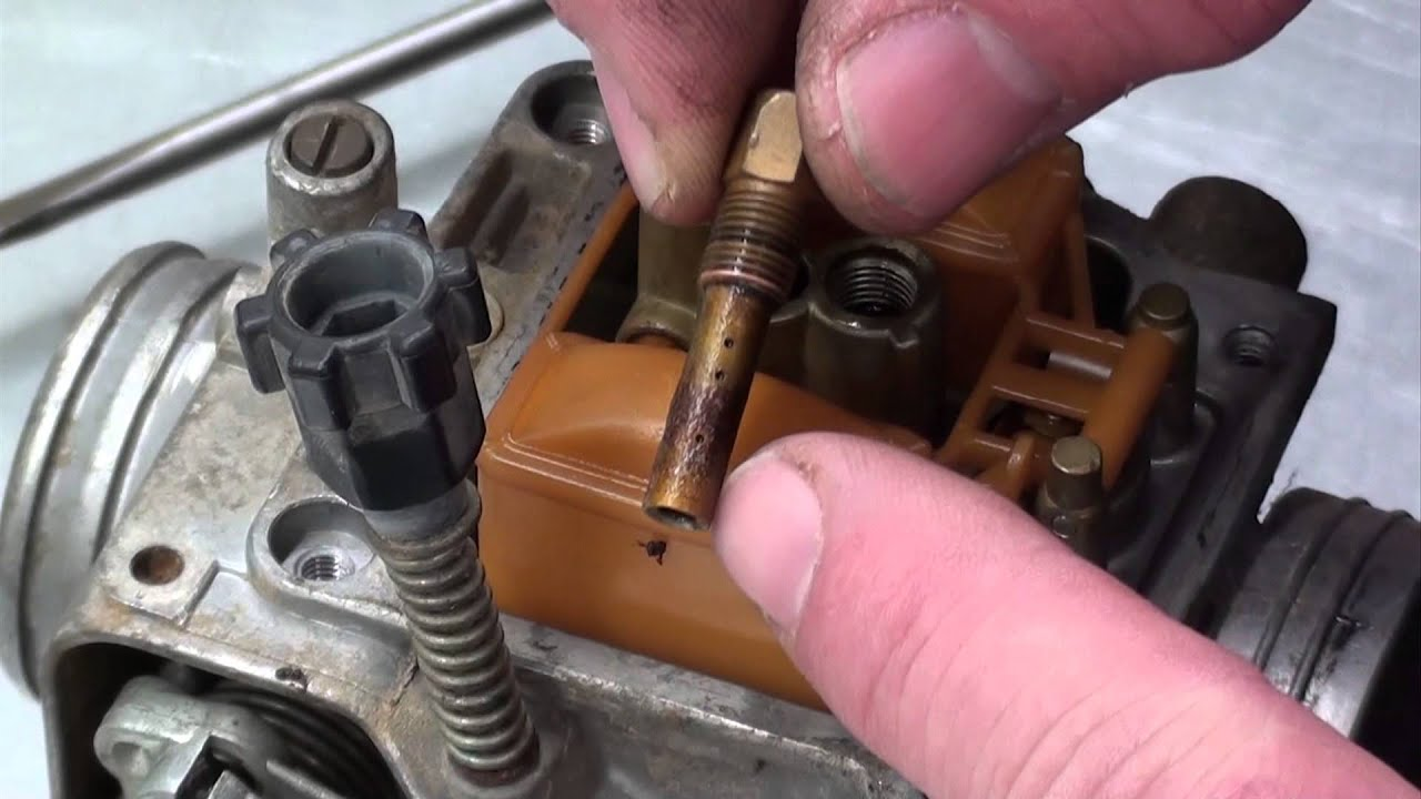pt 1 honda trx300 carb repair at d ray s shop youtube rh youtube com honda atc 200 carb diagram honda atv carburetor hose diagram