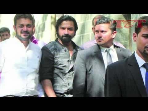 OOPS! Ajaz Khan Arrested For Sending NUDE Pictures To Female Hairstylist