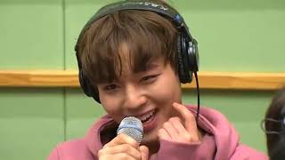 Video [ENGSUB/CC] Kiss the radio with Wanna One download MP3, 3GP, MP4, WEBM, AVI, FLV September 2018