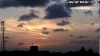 Gambar cover Cirrus with Kelvin-Helmholtz waves and wildfire visible from João Pessoa (time-lapse) - Oct 23, 2013