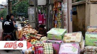 Hiểm hoạ khôn lường từ chăn, gối siêu rẻ | VTC