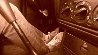 видео в каких случаях нужно использовать педаль сцепления