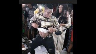 Bbnaija: Tobi Off His Cloth As He Dance Shaku Shaku With Toyin Abraham
