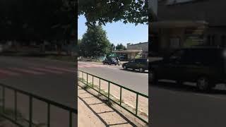 Мужик учит жену ездить за рулём Матов нет он быстро научит ее