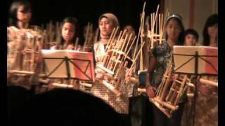 Video Angklung Hamburg - Indonesian Day - Pileuleuyan download MP3, 3GP, MP4, WEBM, AVI, FLV Maret 2017