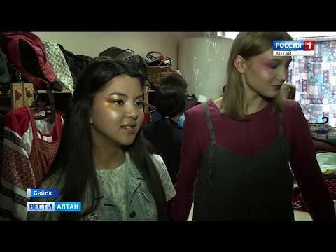 Модельер из Бийска создаёт одежду с элементами русского народного костюма
