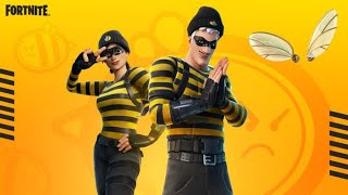 The RARE Scoundrel Skin Is Back And With A NEW Style And Reactive Backbling!