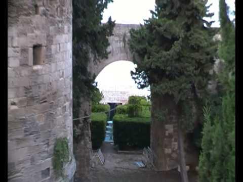 Ciudad de Taranto - Puglia - Italia SDV_0091.MP4