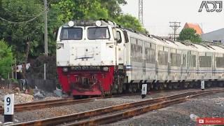 Video Kumpulan Kereta Api Elit Di Surabaya Gubeng - Hunting Surabaya Bagian II download MP3, 3GP, MP4, WEBM, AVI, FLV November 2018