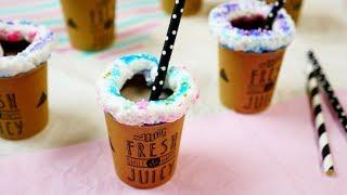 Eat while you drink! Unicorn marshmallow chocolate drink! 飲みながら食べられるユニコーンカラーのマシュマロ付きチョコレートドリンク