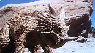Фильм Мир динозавров фантастика инопланетные приключения