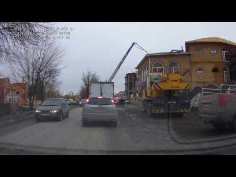 В Ростове-на-Дону обрушилось половина кафе 07.02.2013