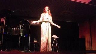 Ruth Lorenzo - Dancing In The Rain [Casino de Barcelona]
