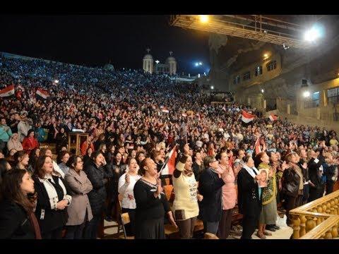Biserica Copta din Egipt - 70.000 de persoane canta Domnului