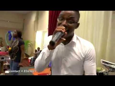 Shalomhouseband Suriname