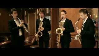 J. S. Bach. Fugue in G minor by a sax quartet