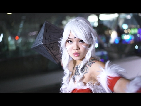 60 Seconds of Awesome Cosplay from Day 1 of PAX East 2017