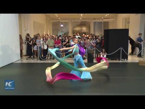 Chicago celebrates Chinese Mid-Autumn festival