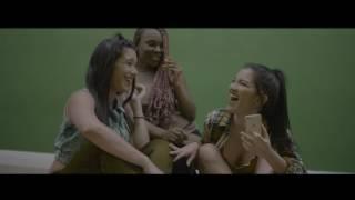 Смотреть клип Miky Woodz - Dañarme La Mente