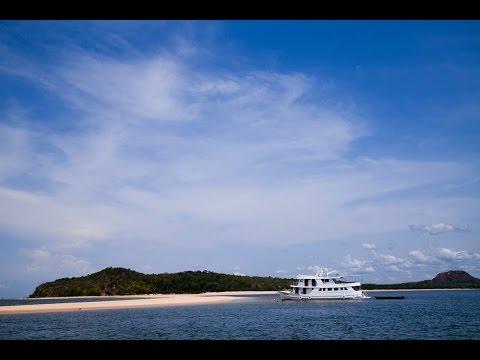 Private Boat Charter in Brazil | Family Holidays | cazenove+loyd
