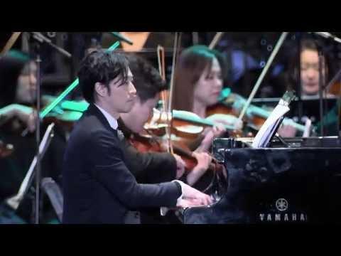 [Yiruma 이루마] Kiss The Rain (2014 크레디아 파크콘서트 '피아노 파라디소)