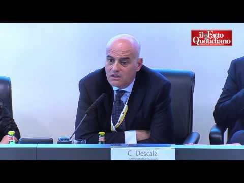 """Eni, Descalzi contro Grillo: """"Deprediamo comunità? Chi lo dice non ci conosce"""""""
