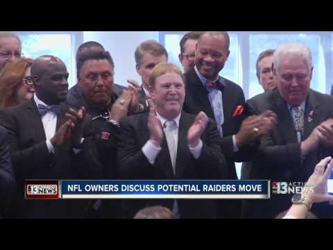 NFL owners meet in New York to talk about possible Raiders move