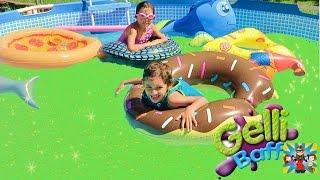 Squishy Gelli Baff  Super Gross Pool !!! Me and My kids