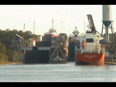 Ships moving through locks 4, 5, and 6 on the Welland Canal in the St. Lawrence Seaway - Time Lapse