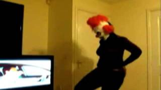 Beyonce Clown Head Banging
