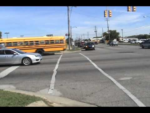 Flint Community Schools & MTA Flint doing their school runs