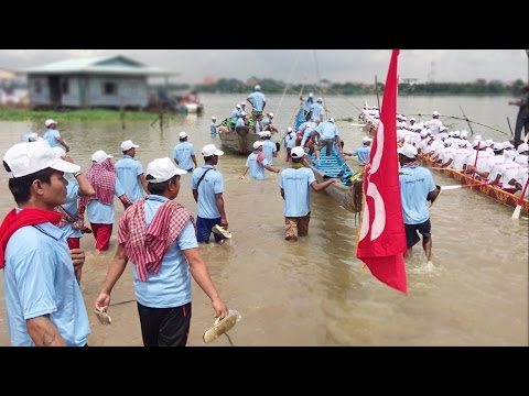 Water Festival In Cambodia 2016 | Boat prepare Racing on Mekong River in Takmao City for Testing