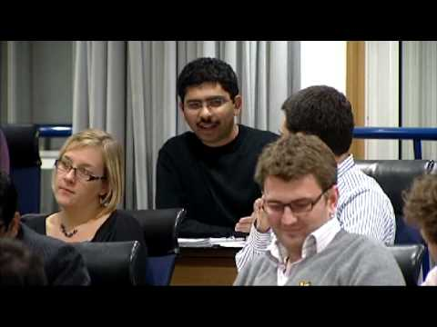 Executive MBA Learning Experience.  What Makes It Distinct? | London Business School