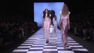 Viktor & Rolf ➤ Spring/Summer 2013 Full Fashion Show Thumbnail