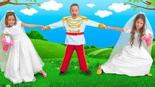 マーシャとカティアは王子と結婚したいが、ウェディングドレスを共有し...