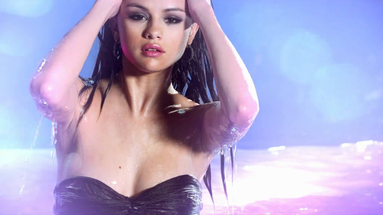 Selena gomez nude youtube