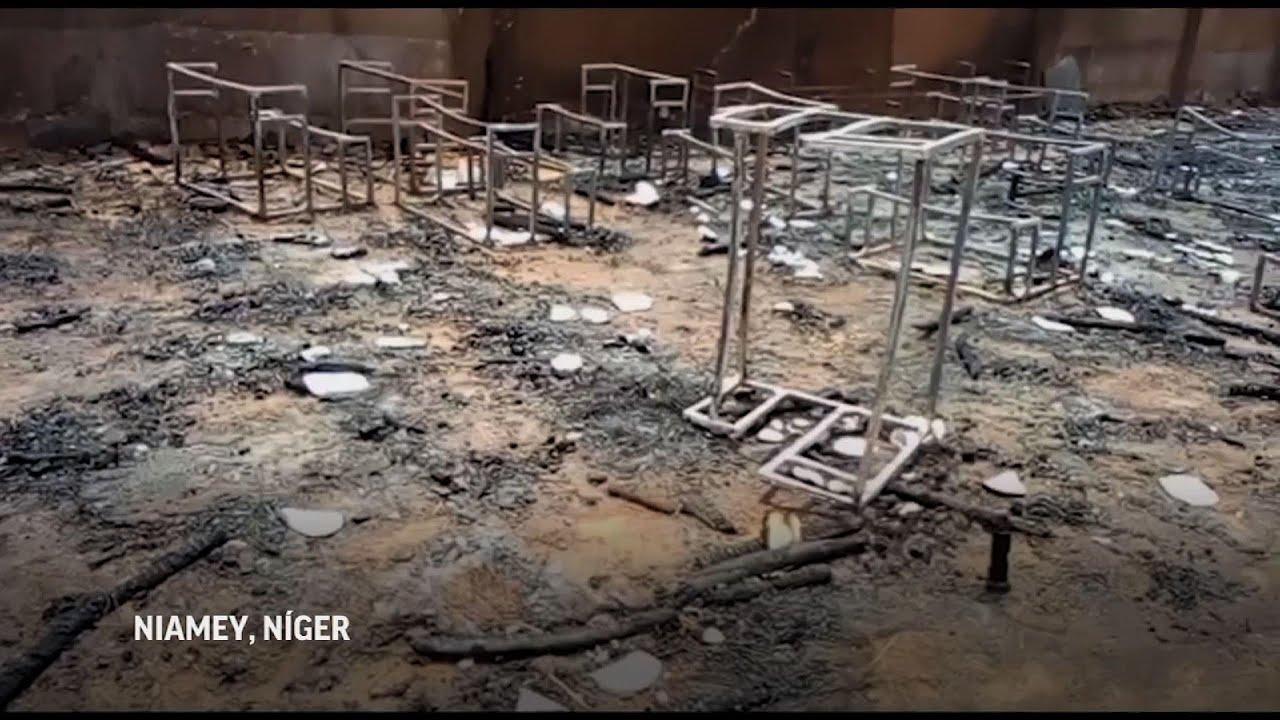 20 niños mueren en incendio de una escuela