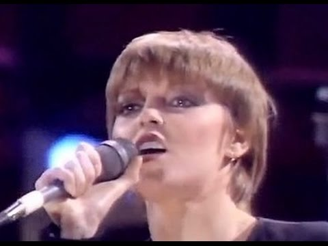 Hit Me With Your Best Shot - Pat Benatar (HQ/1080p)
