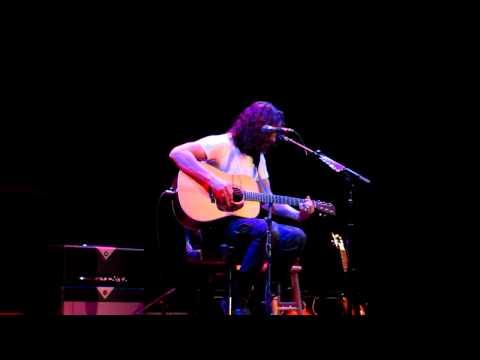 Chris Cornell - Better Man (Victoria 2011)