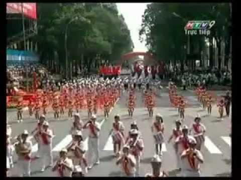 Diễu hành chào mừng 35 năm ngày thống nhất đất nước - Đội nghi thức