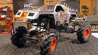 MONSTER JAM MAX D AXIAL SMT10 MUD TRUCK BUILD PT3 Electric 1 10 scale RC ADVENTURES